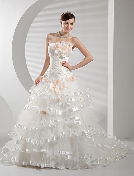 Prächtiges Corsagen Brautkleid aus Netz mit Blumen-Applikation und feinen Spitzen