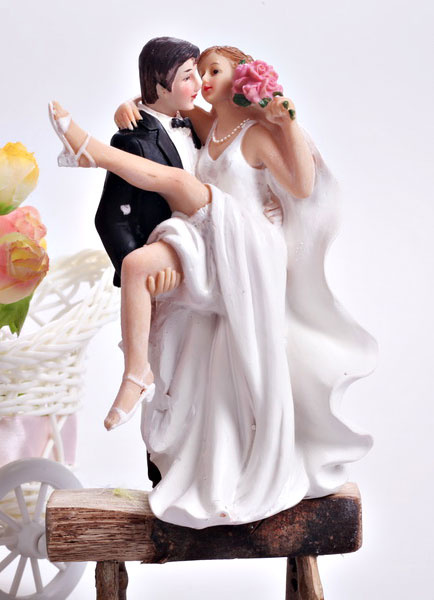 Nice Classic Traditional Figurine Classic Couple Wedding Cake Topper фото