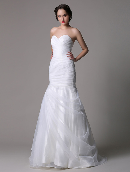 Strapless Sweatheart Organza Mermaid/Trumpet Ruched Bridal Gown фото