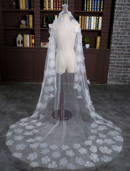 Ivory Wedding Veil One-Tier Oval Cut Edge Tulle Pearl Flower Bridal Veil With Cathedral Train
