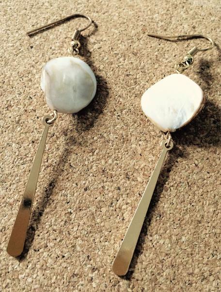 Pearl Shell Earrings Gold Women's Pierced Punk Dangle Earrings фото