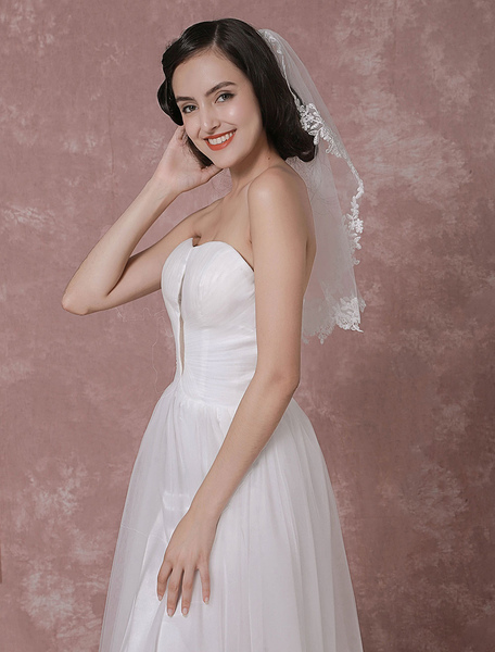 One-Tier Wedding Veil Tulle Lace Applique Edge Bridal Veil