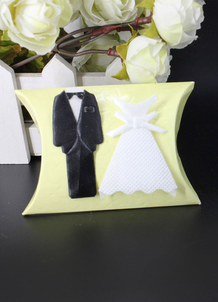 Wedding Favor Boxes Bridegroom And Bride Dress Small Gift Box