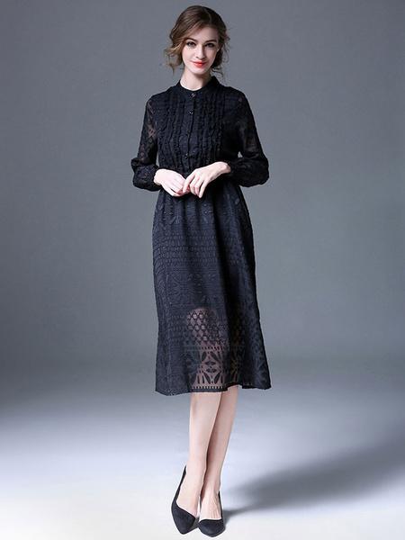 Hübsches Faltenkleid aus Spitze mit Stehkragen und Schößchen in Schwarz