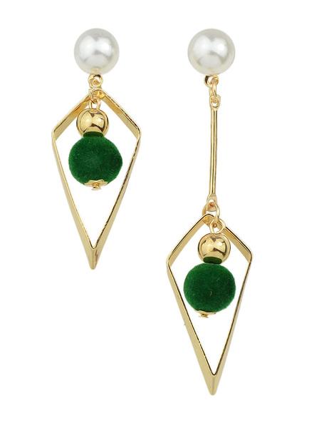 Pearl Dangle Earring Pierced Pom Poms Drop Earrings фото