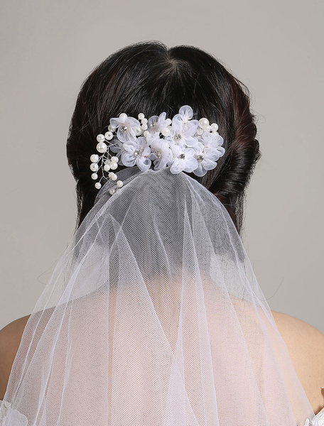 White Wedding Veil Tulle Two Tier Cut Edge Bridal Veil With Rhinestone Flowers Headpieces фото