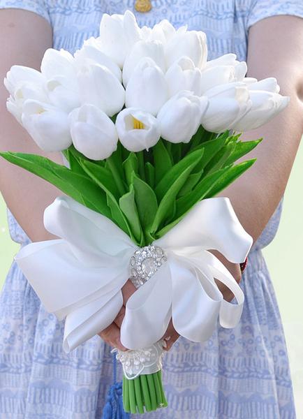 Wedding Flowers Bouquet White Ribbon Bow Rhinestones Silk Flowers Bridal Bouquet фото
