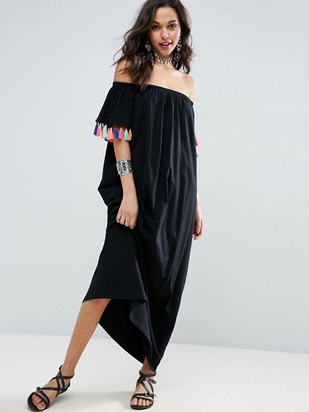 Black Summer Dress Boho Off The Shoulder Short Sleeve Maxi Dress With Tassels
