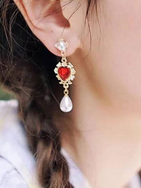 Image of Orecchini donna rosso con gocce cuore design perle Orecchini pendenti in metallo con pendenti traforati
