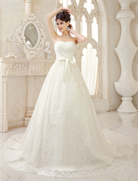 Ivory A-line Sweetheart Neck Ruched Chapel Train Bridal Wedding Gown Milanoo фото