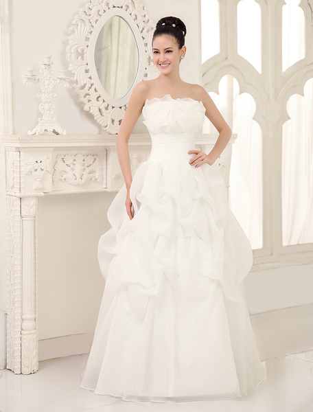 Floor-Length Ivory A-line PleatedWedding Dress For Bride with Strapless Neck