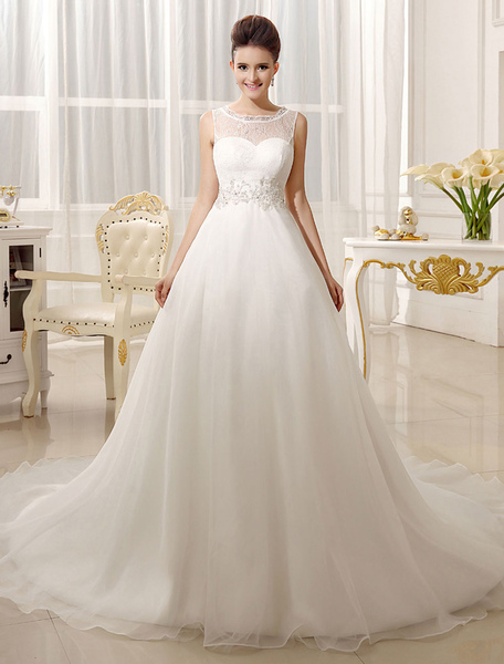 Chapel Train Ivory Bridal Wedding Gown with Jewel Neck A-line Buttons