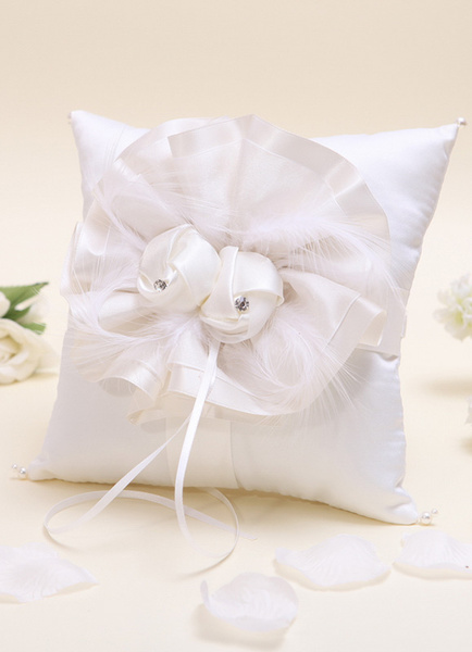 Ivory Ring Bearer Pillow with Flowers