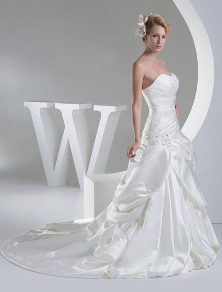 Sweatheart Wedding Dress A-Line Satin Pleated Sash Beading Applique Chaple Train Bridal Dress