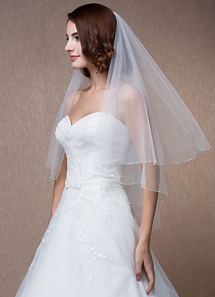 Beading Weddng Veil Two-Tiered Oval Beaded Edge Elbow Veil With Comb(150*150cm)