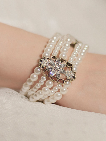 Classic Lolita Bracelet Neverland Metal Details Pearls Beaded Vintage Luxurious Lolita Jewelry фото