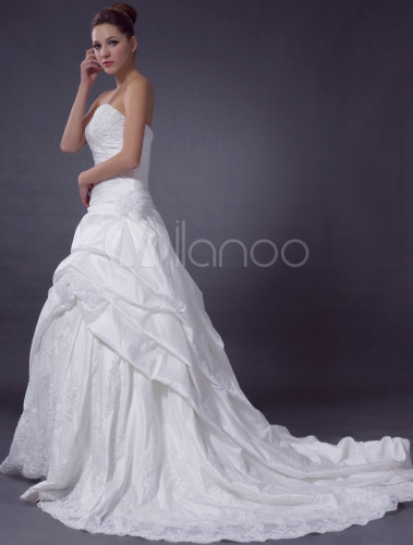 ivoire bretelles volants festonn e robe de mari e en On robe de mariée festonnée