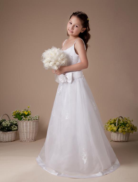 Robe de premi re communion en satin fines bretelles avec for Meilleurs concepteurs de robe de mariage de plage