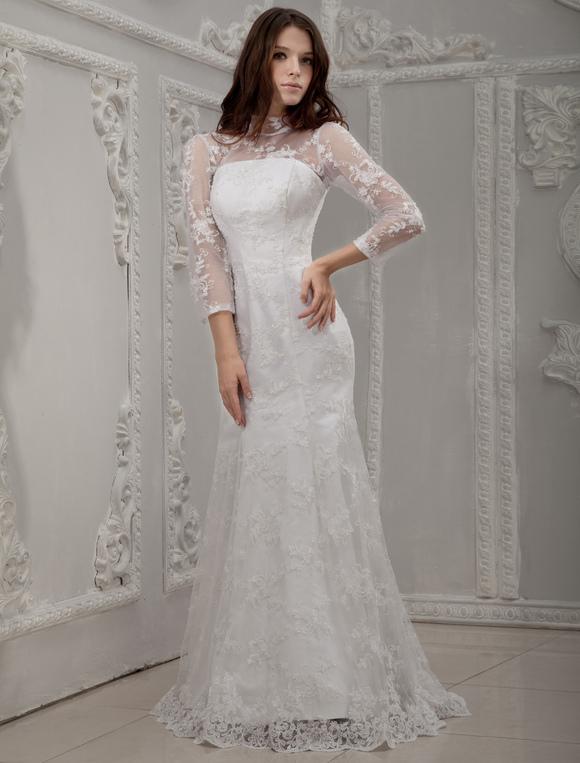 Robe de mariée fourreau blanche en satin et dentelle col roulé à ...