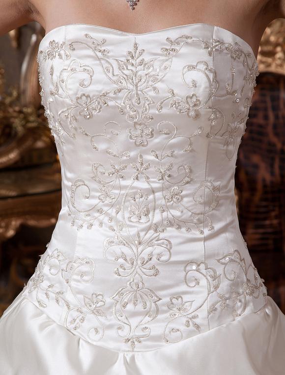 Robe de mariée fabuleuse boule en satin ivoire avec perles bustier ...