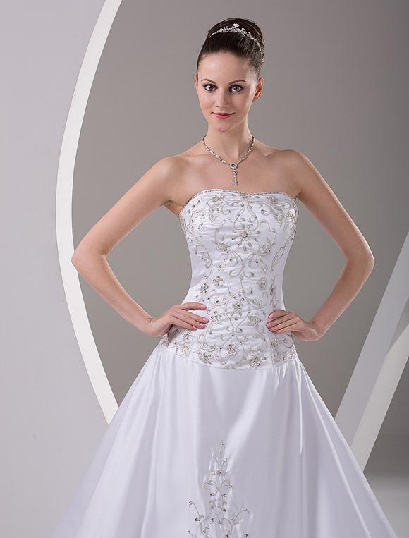 Fabelhaftes A-Linie-Brautkleid aus Satingewebe mit trägerlosem Design ...