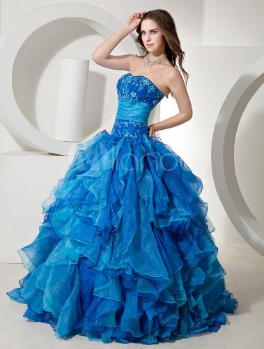 Pour choisir une robe robe de mariee bleu roi for Robe bleue royale pour mariage