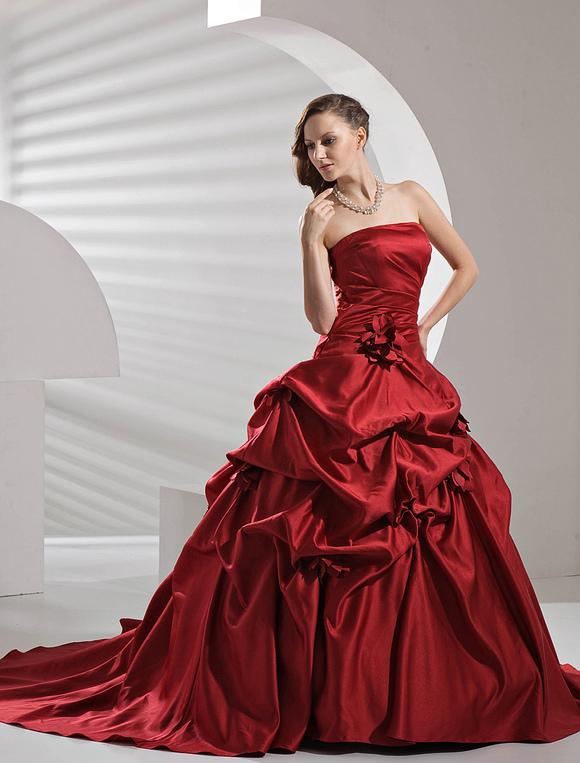 robe de mariage bordeaux. Black Bedroom Furniture Sets. Home Design Ideas