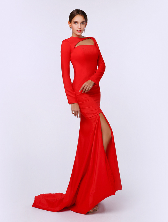 robe fendue rouge. Black Bedroom Furniture Sets. Home Design Ideas