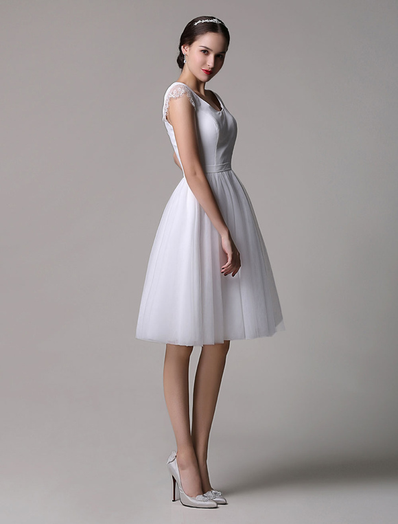 Tulle Knee-Length Scoop Neck Short Wedding Dress With Lace Cap ...