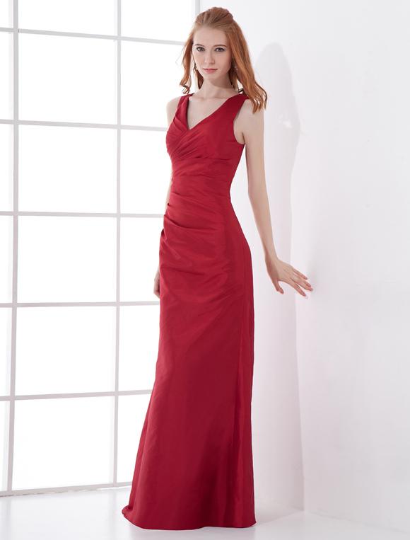robe demoiselle d 39 honneur fourreau bordeaux en taffetas. Black Bedroom Furniture Sets. Home Design Ideas