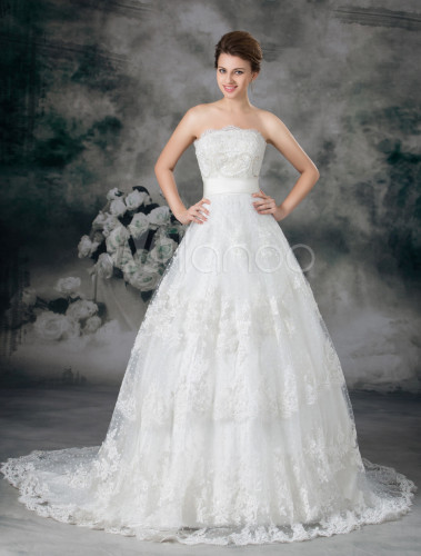 Strapless Lace Ball Gown Wedding Dresses
