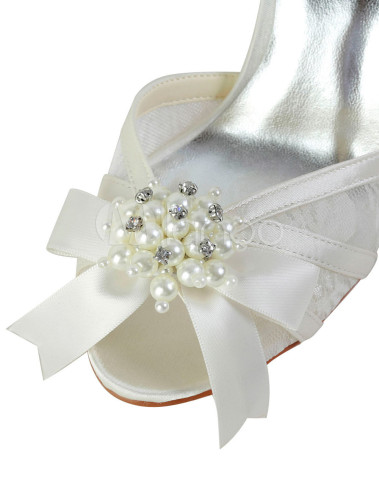 elegante sandaletten mit perlen applikation und schleife. Black Bedroom Furniture Sets. Home Design Ideas