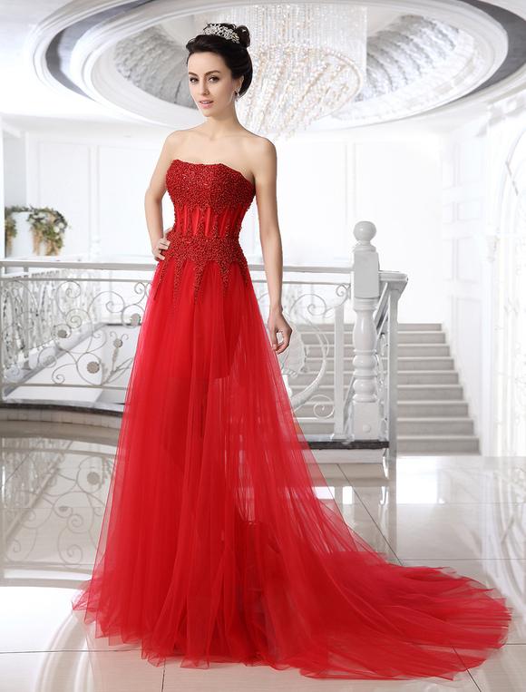 Chic robe mariage fourreau en tulle rouge avec perles for Meilleurs concepteurs de robe de mariage de plage