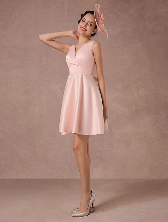 rosa hochzeitskleid kurze v ausschnitt satin cocktailkleid. Black Bedroom Furniture Sets. Home Design Ideas