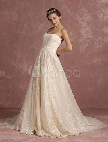 robe de mari e ivoire en dentelle appliques a ligne tra ne