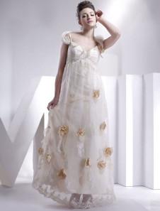 Robe de mariée A-ligne champagne en satin et dentelle col V longueur plancher
