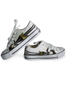 modern-white-canvas-womens-sneakers
