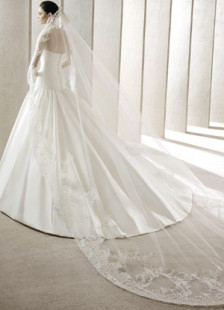 white-wedding-veil-one-tier-embroidered-tulle-veil