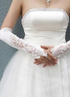 Gants mitaines en satin ivoire pour mariage longueur coude