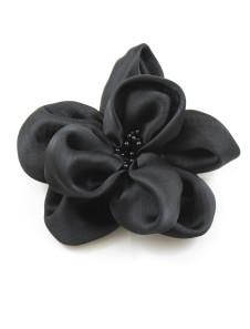 Broche noire pour le mariage de forme fleur avec perle