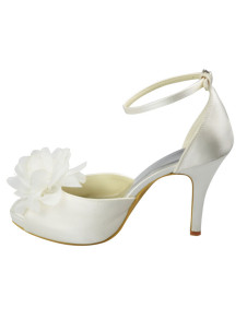Gorgeous Ivory Floral Satin 3 910 High Heel Wedding Shoes