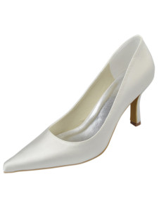 Vintage Ivory Satin Pointed Toe Wedding Pump Shoes