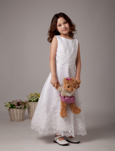 White A-line Sleeves Embroidery Satin Organza First Communion Dress