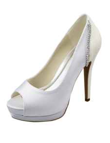 modern-white-satin-rhinestone-sandals-for-bride
