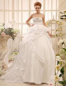 ball-gown-beading-chapel-train-ivory-brides-wedding-dress-with-strapless-neck