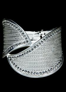 Trendy Black Rhinestone Metal Bridal Bracelet