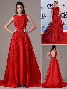 Taylor Swift CMA recorte rojo balón vestido