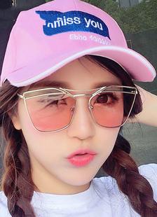 artwork-beach-sunglasses
