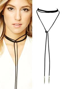 Image of Nero dettagli metallici Wrap lunga girocollo girocollo collana donna con ciondolo