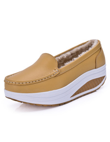 women-casual-shoes-platform-round-toe-slip-on-shake-shoes